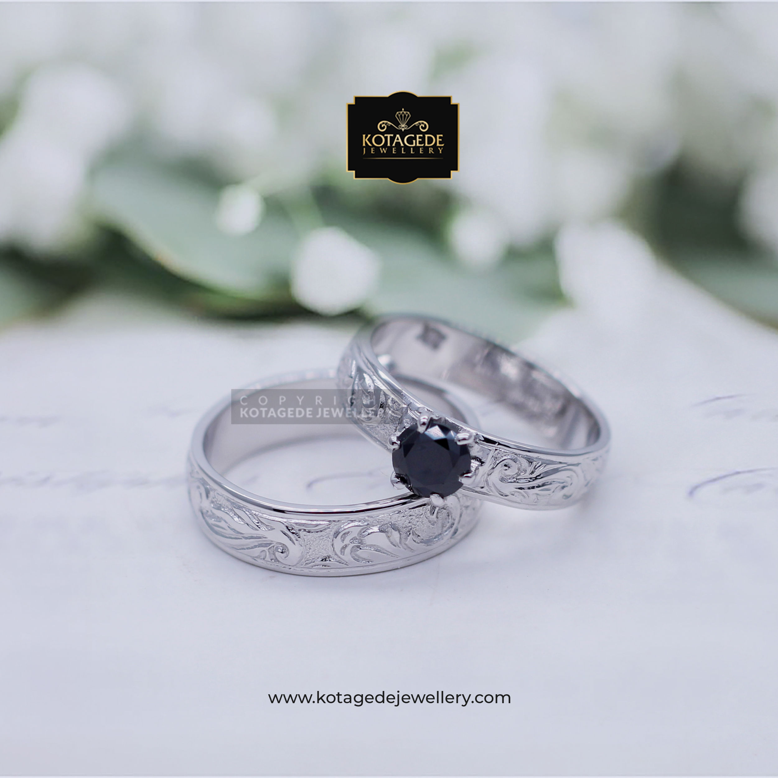 Cincin Kawin Tunangan Platinum Couple Black Diamond PT0008PT