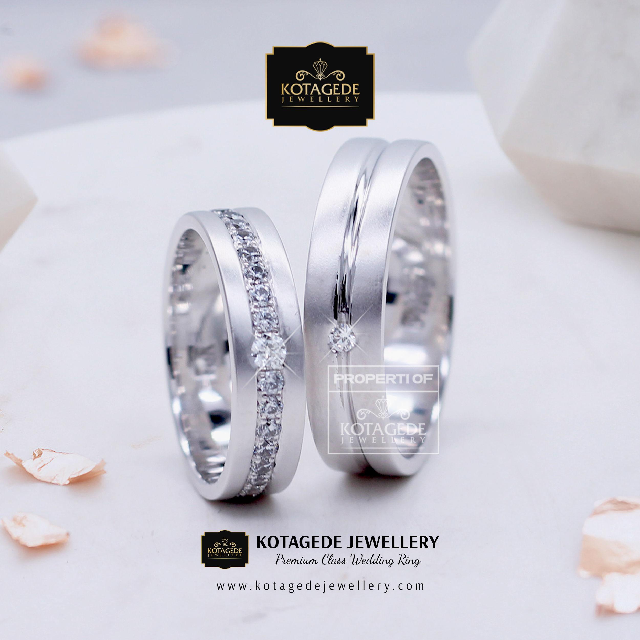 Cincin Kawin Tunangan Platinum Couple PT0009PT