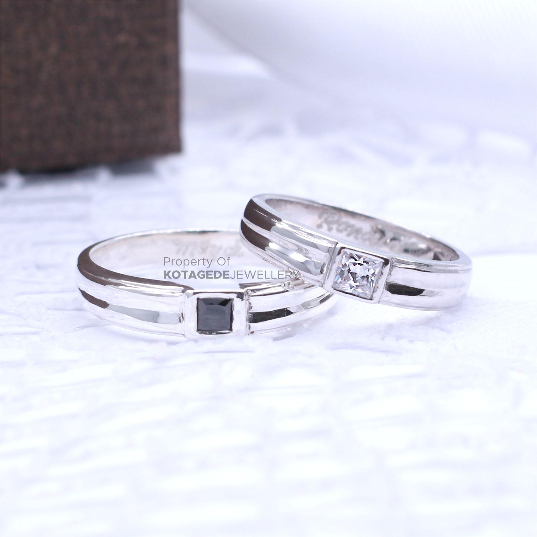 Cincin Kawin Tunangan Couple Platinum Emas Putih PT0044WG
