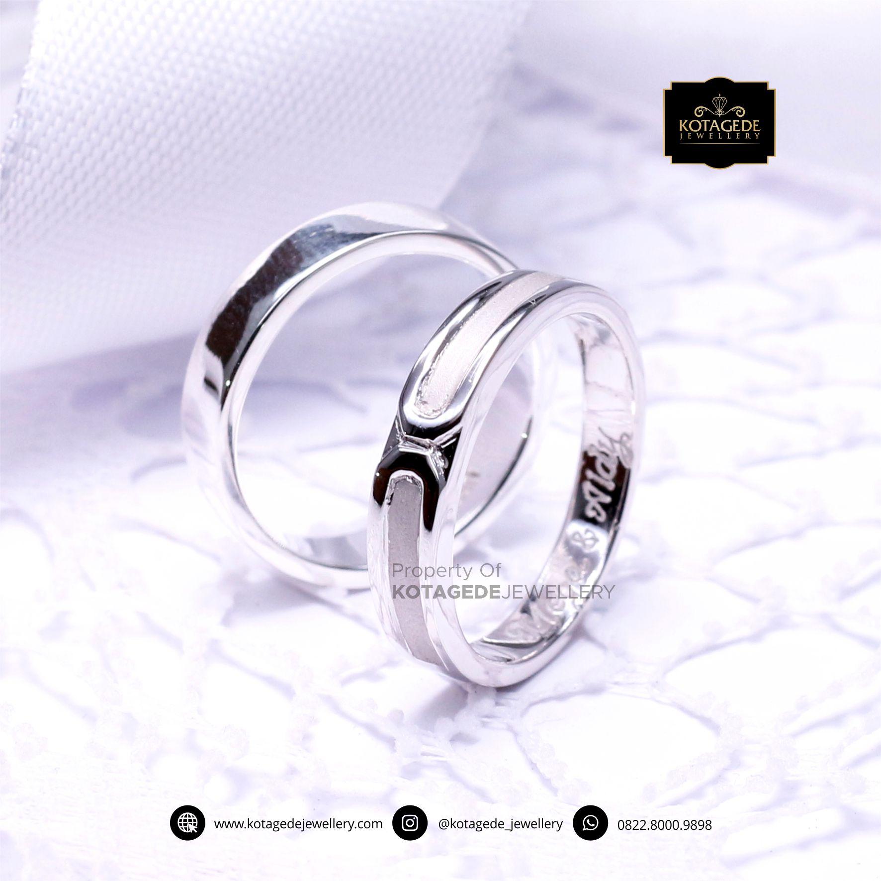 Cincin Kawin Tunangan Elegant Platinum PT0050PT