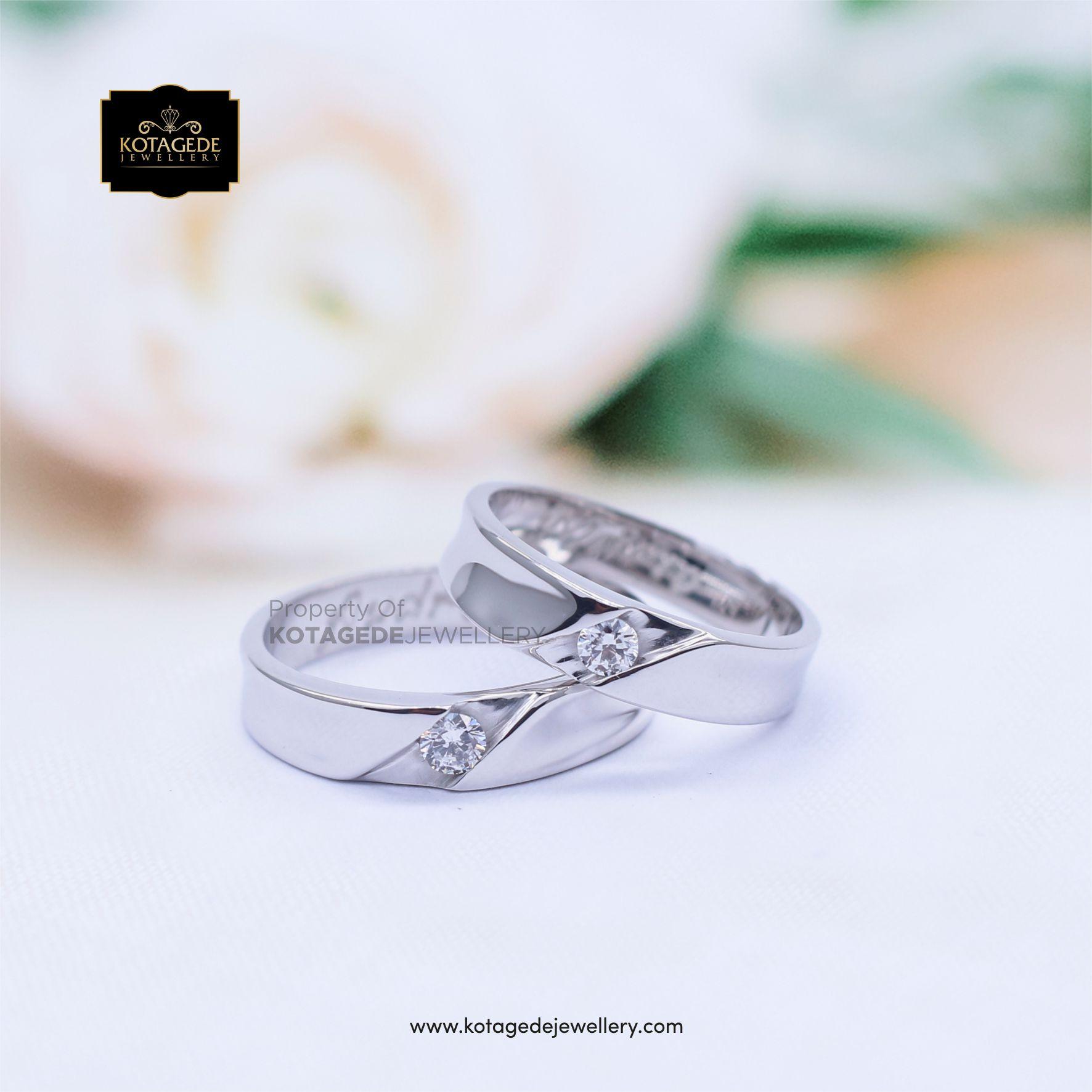 Cincin Kawin Tunangan Platinum Couple Diamond PT0047PT