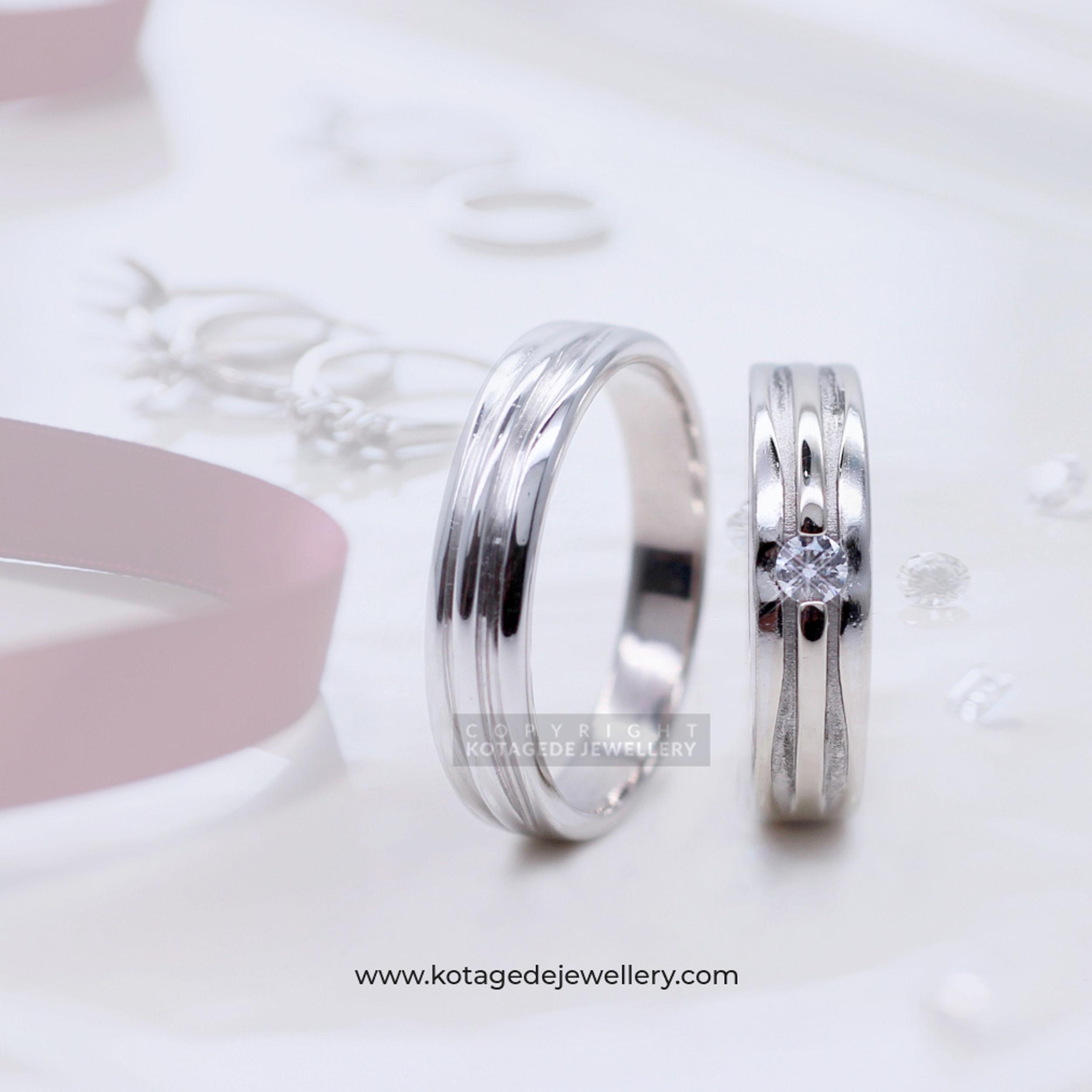 Cincin Kawin Tunangan Platinum Emas Putih PT0035WG