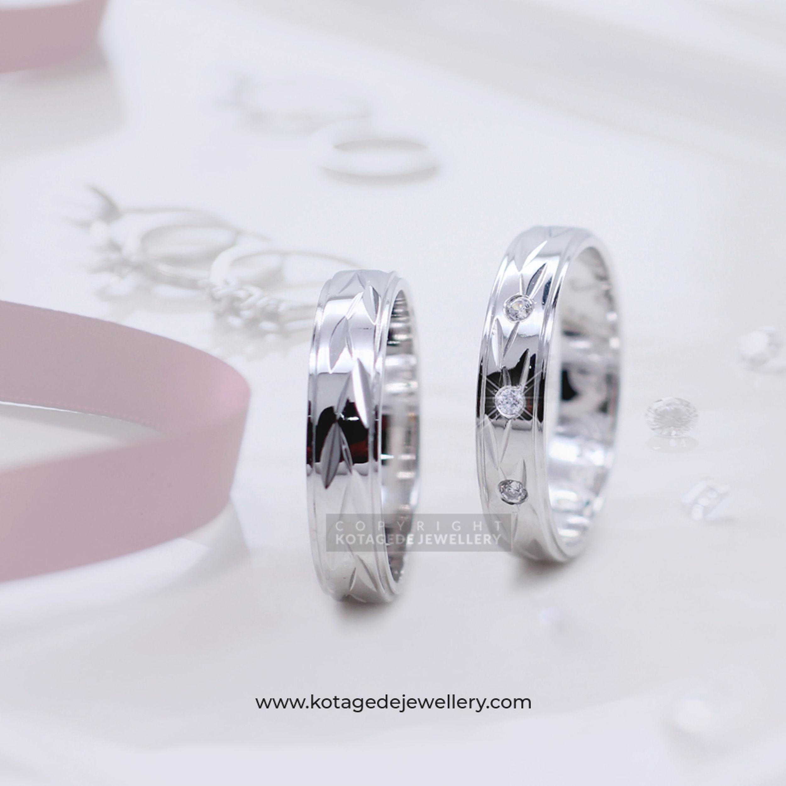 Cincin Kawin Tunangan Platinum Ukiran Daun PT0034PT