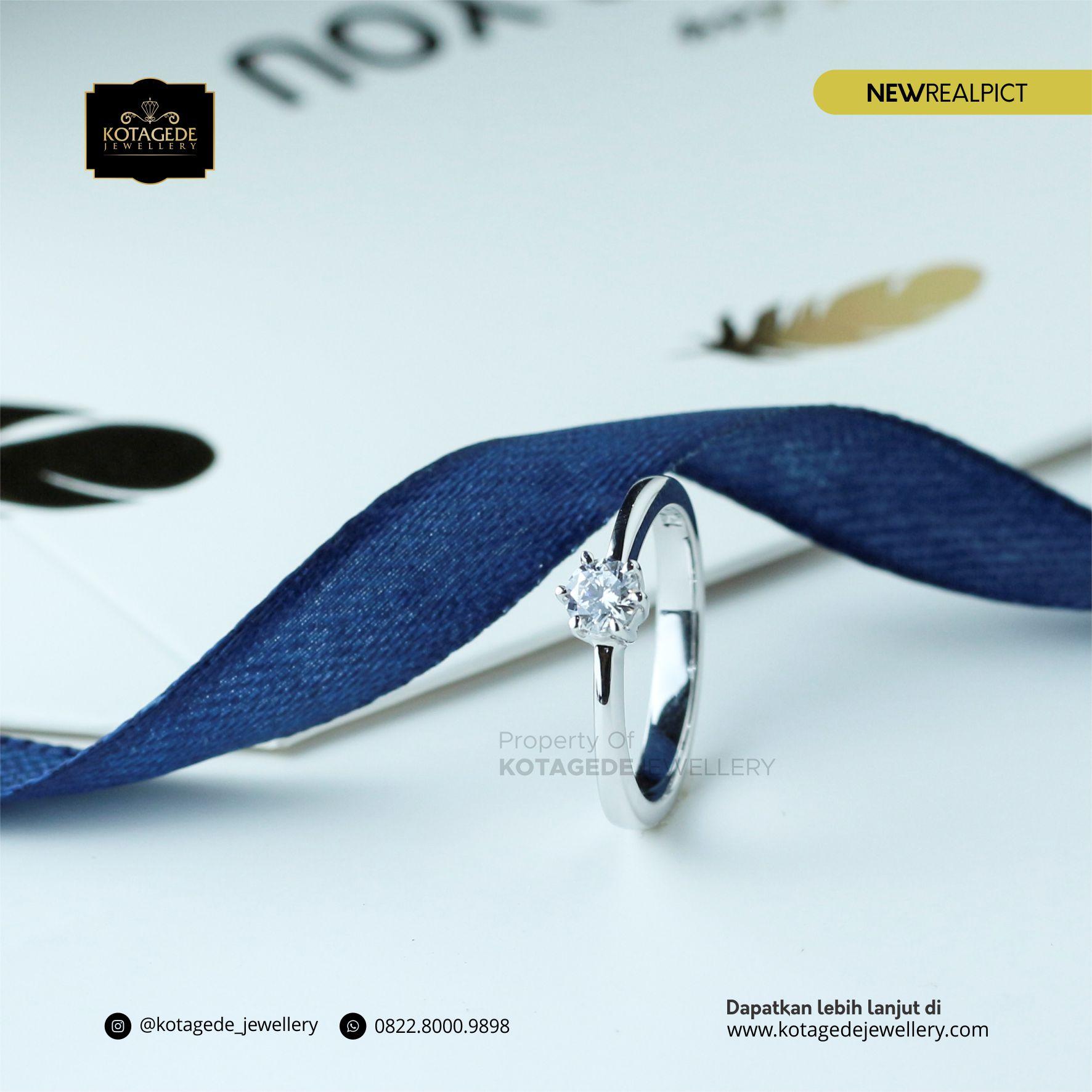 Cincin Kawin Tunangan Emas Putih Premium WG0061