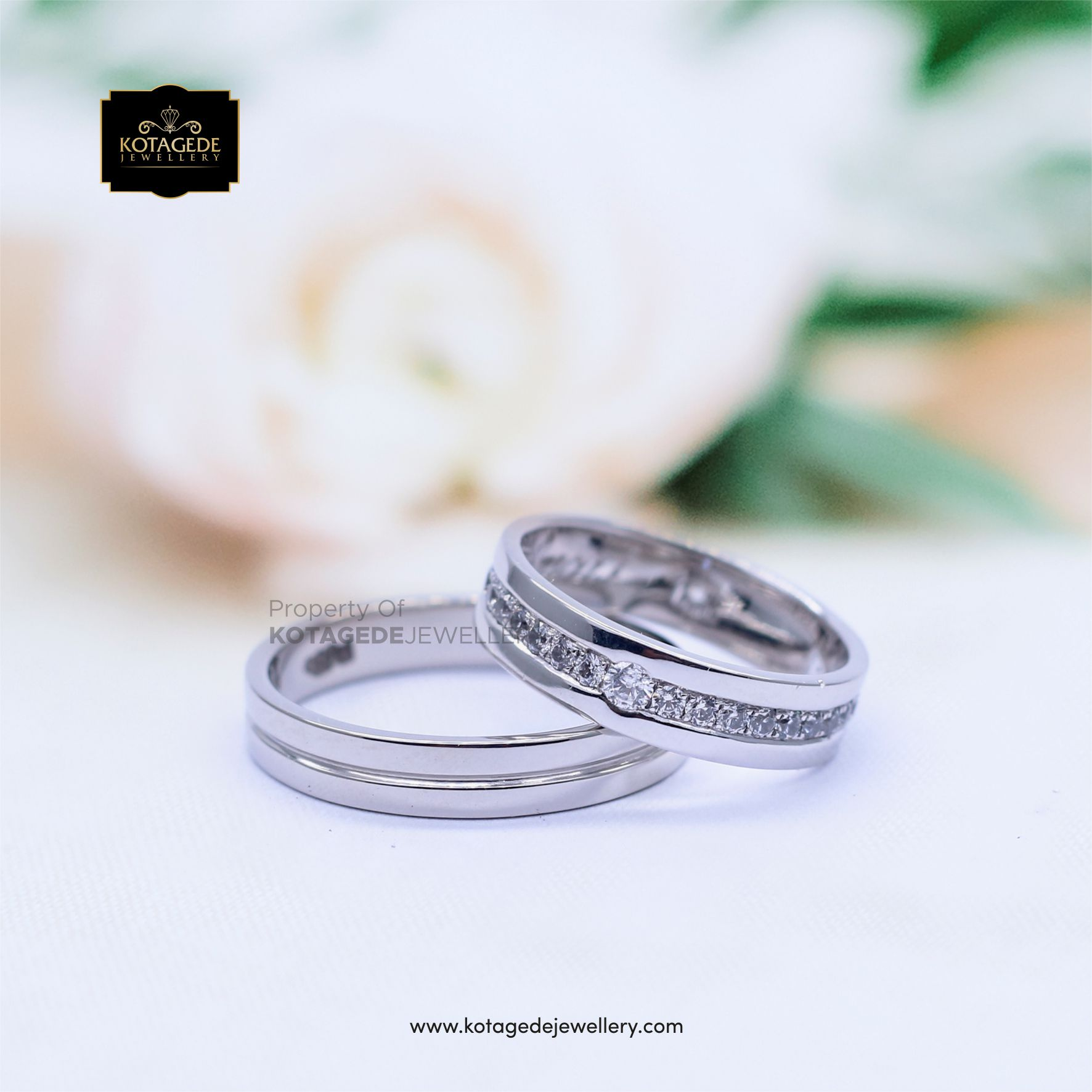 Cincin Kawin Tunangan Platinum Emas Putih Elegant PT0068WG