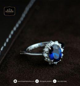 Cincin Kawin Tunangan Platinum Blue Diamond PT0078