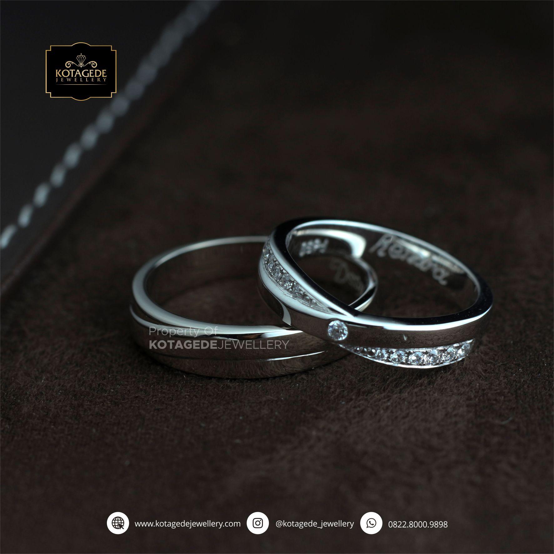 Cincin Kawin Tunangan Platinum Couple PT0079PT