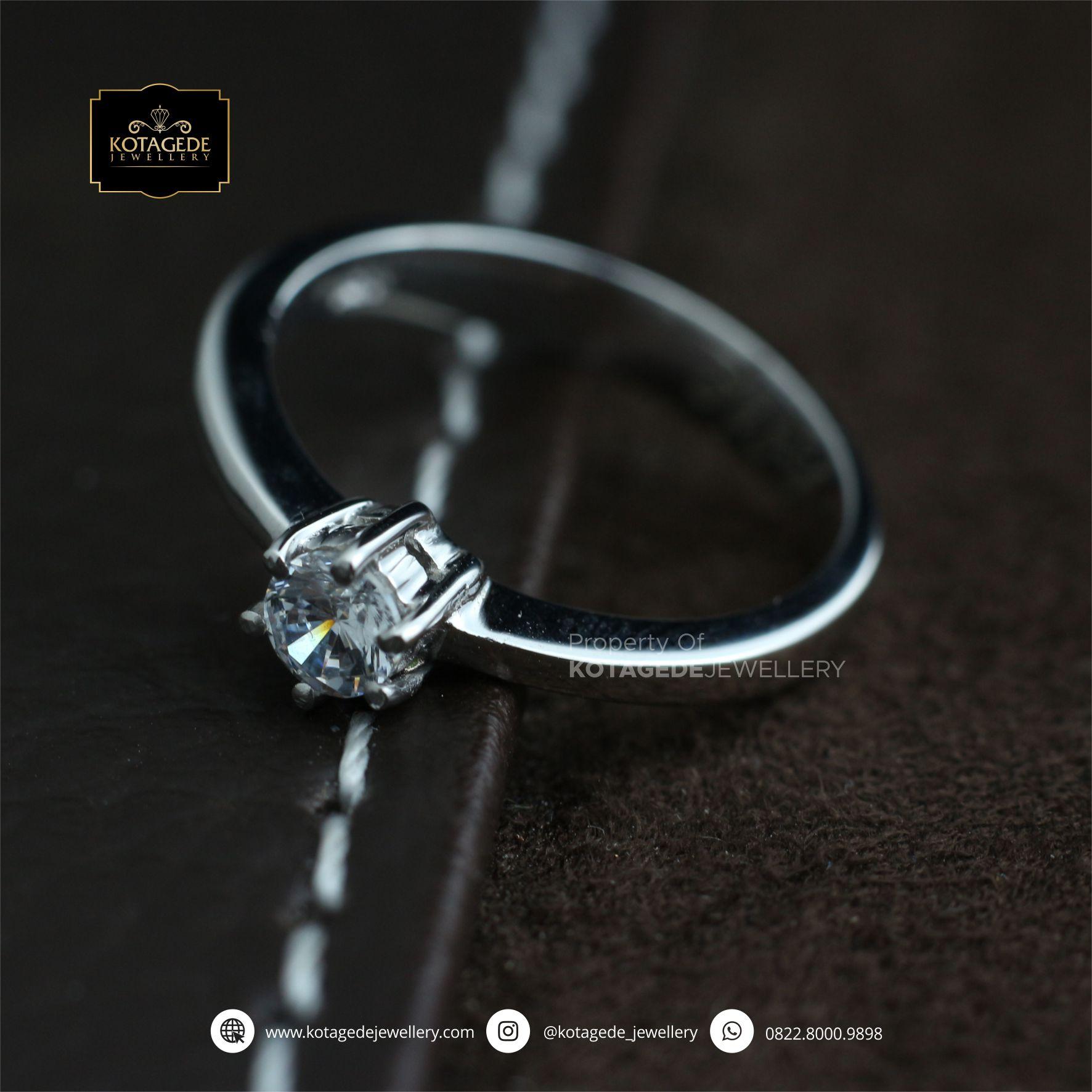 Cincin Kawin Tunangan Platinum Diamond PT0080