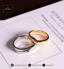 Cincin Kawin Tunangan Platinum Emas Kuning Couple PT0084YG