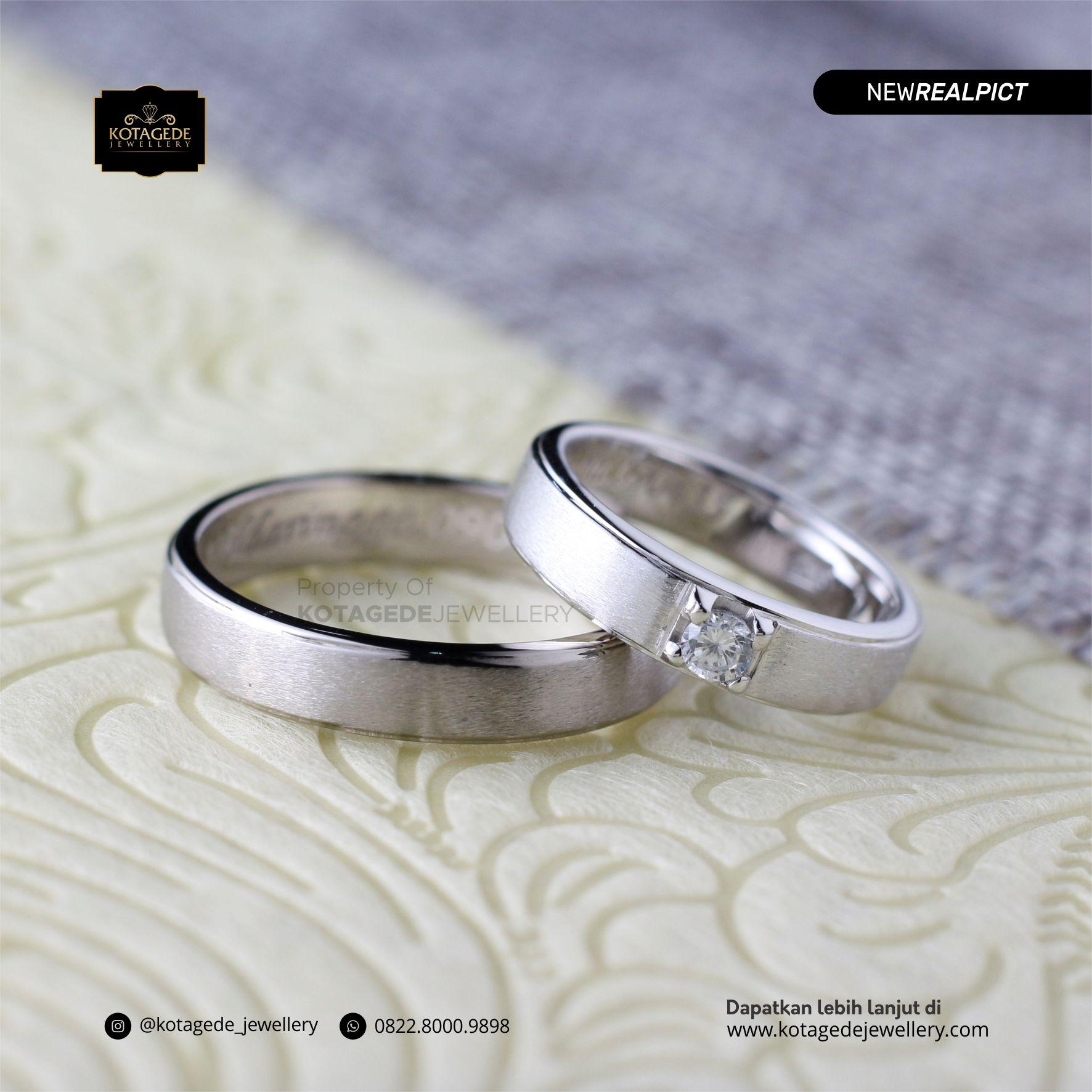 Cincin Kawin Tunangan Platinum Emas Putih Premium PT0090WG