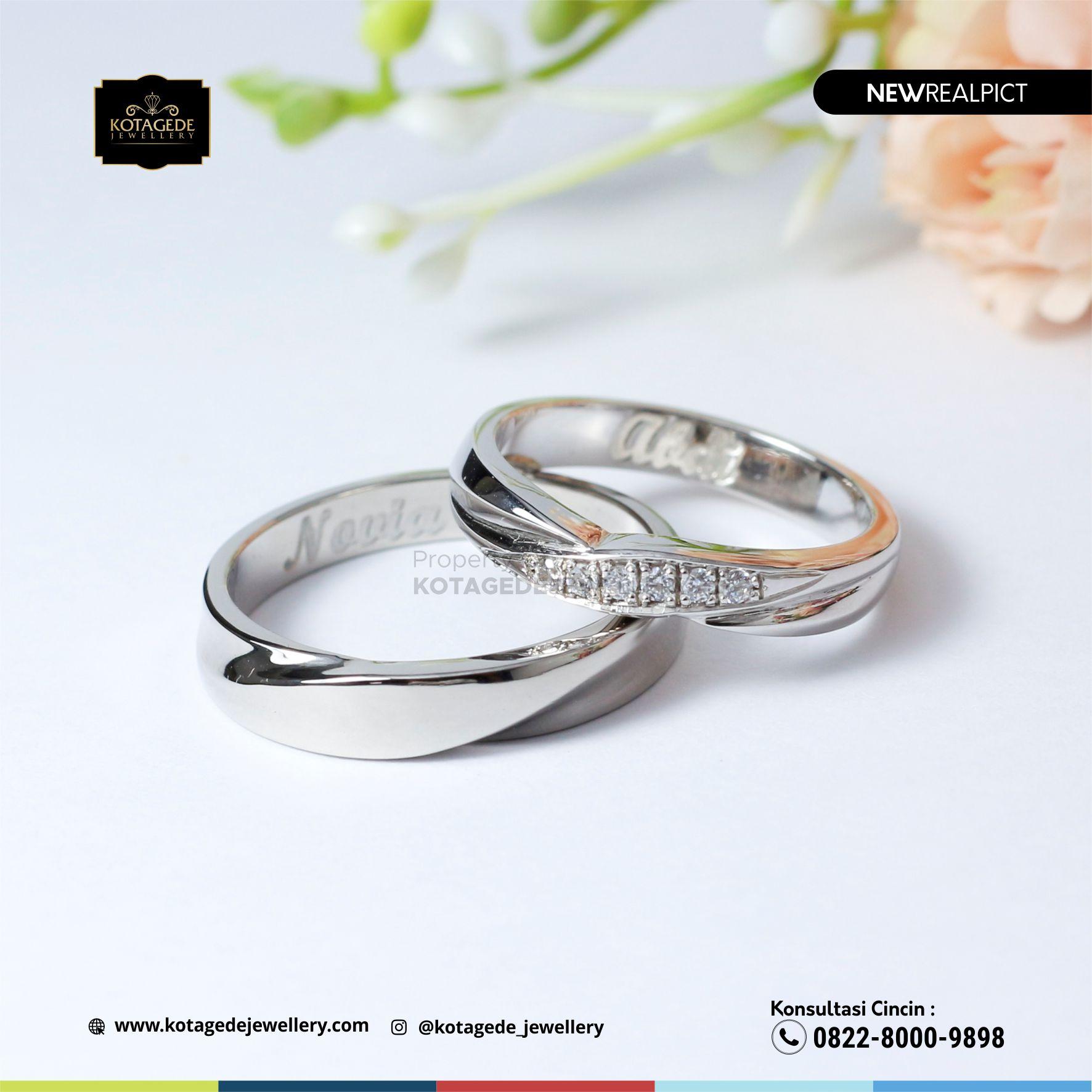 Cincin Kawin Tunangan Platinum Couple Elegant PT0109PT