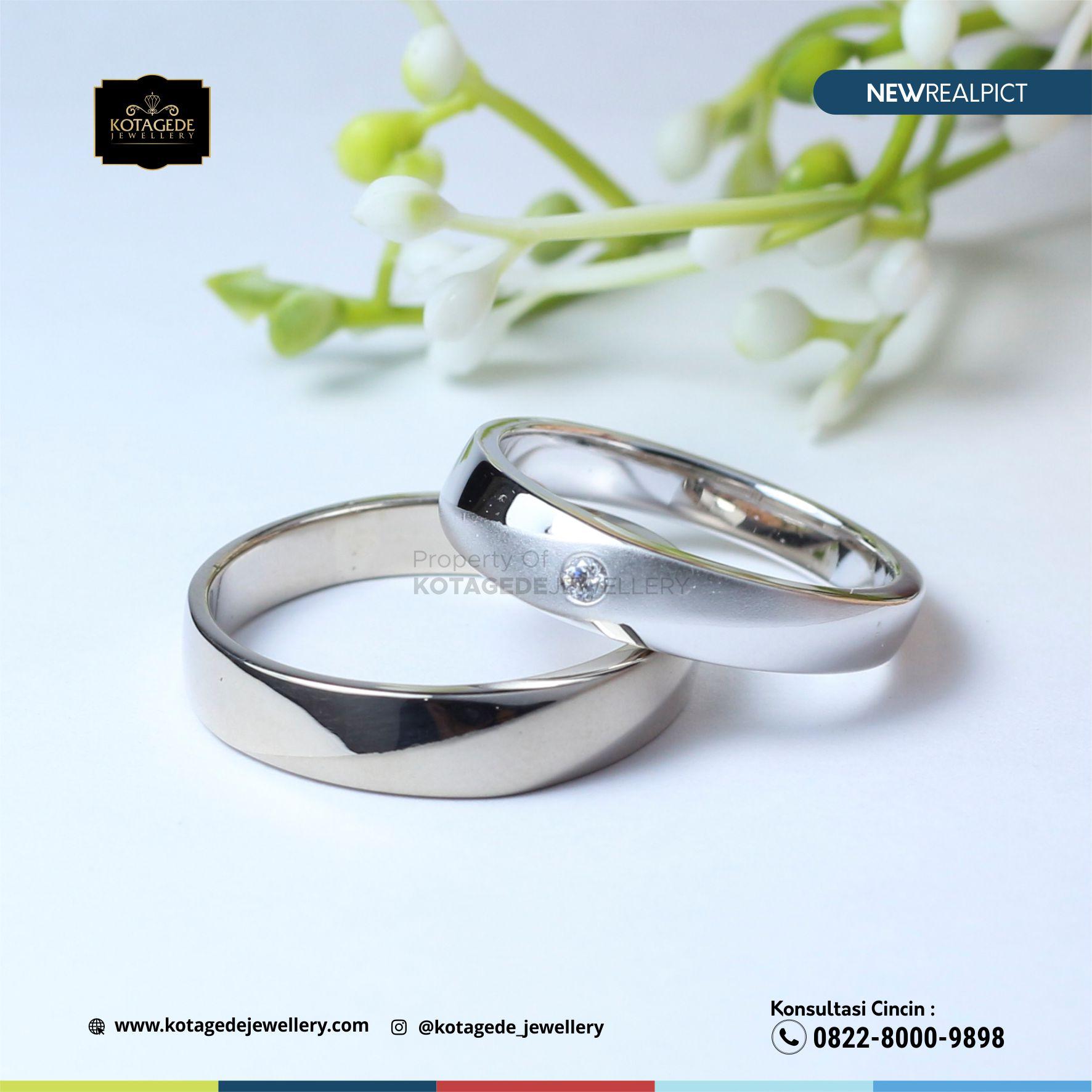 Cincin Kawin Tunangan Platinum Couple PT0105PT