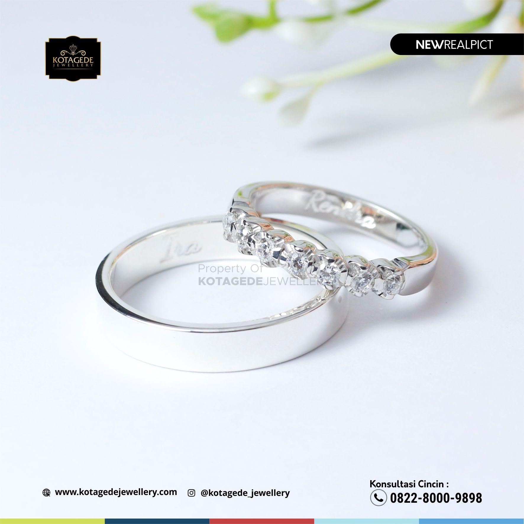 Cincin Kawin Tunangan Platinum Emas Putih Premium PT0110WG