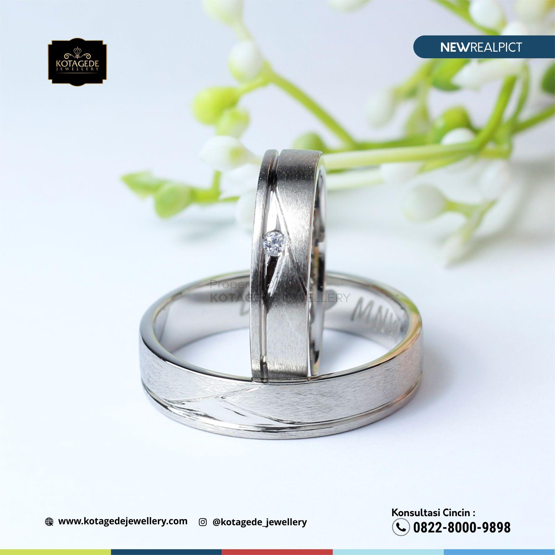 Cincin Kawin Tunangan Platium Emas Putih Elegant PT0106WG