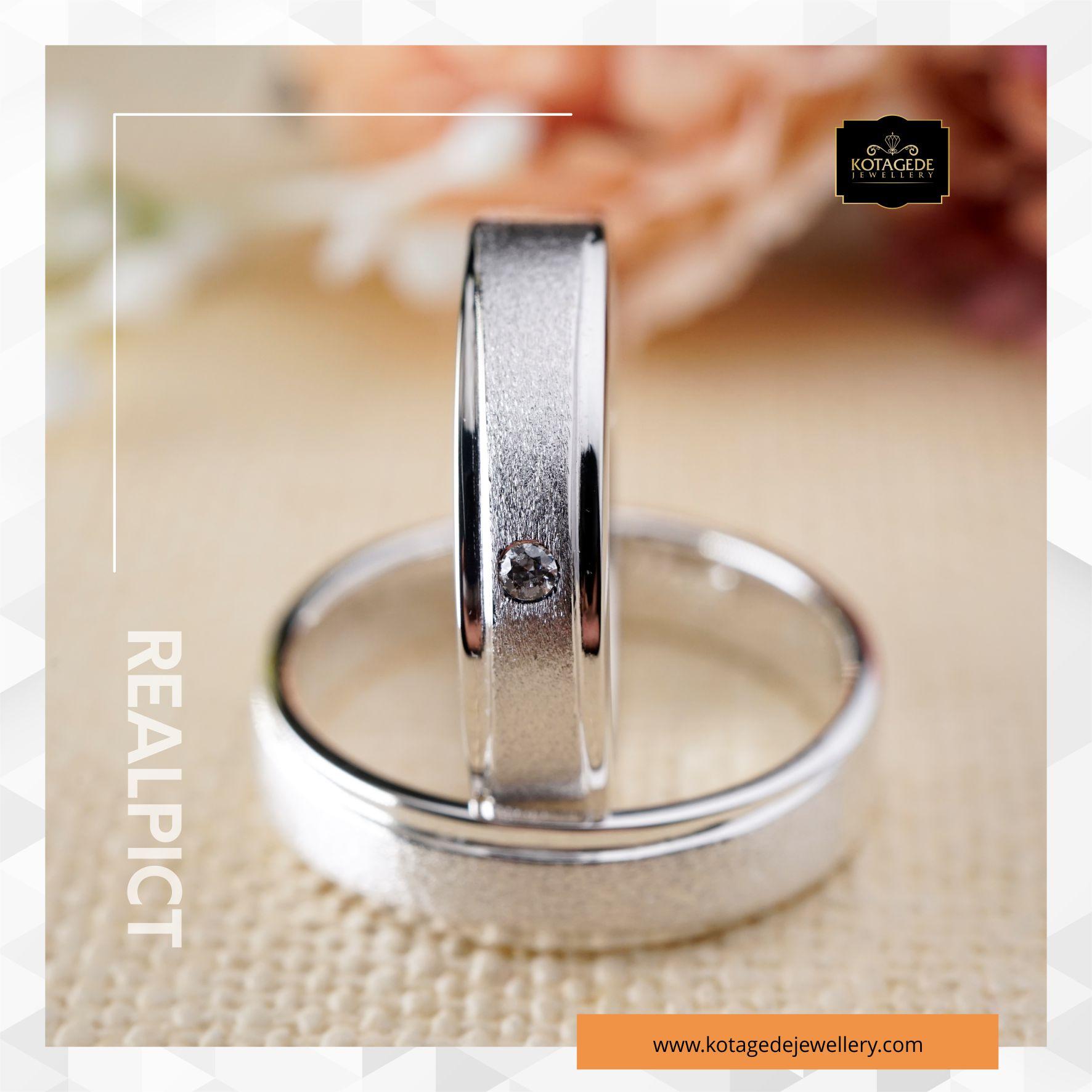 Cincin Kawin Tunangan Platinum Doff Couple PT0116PT