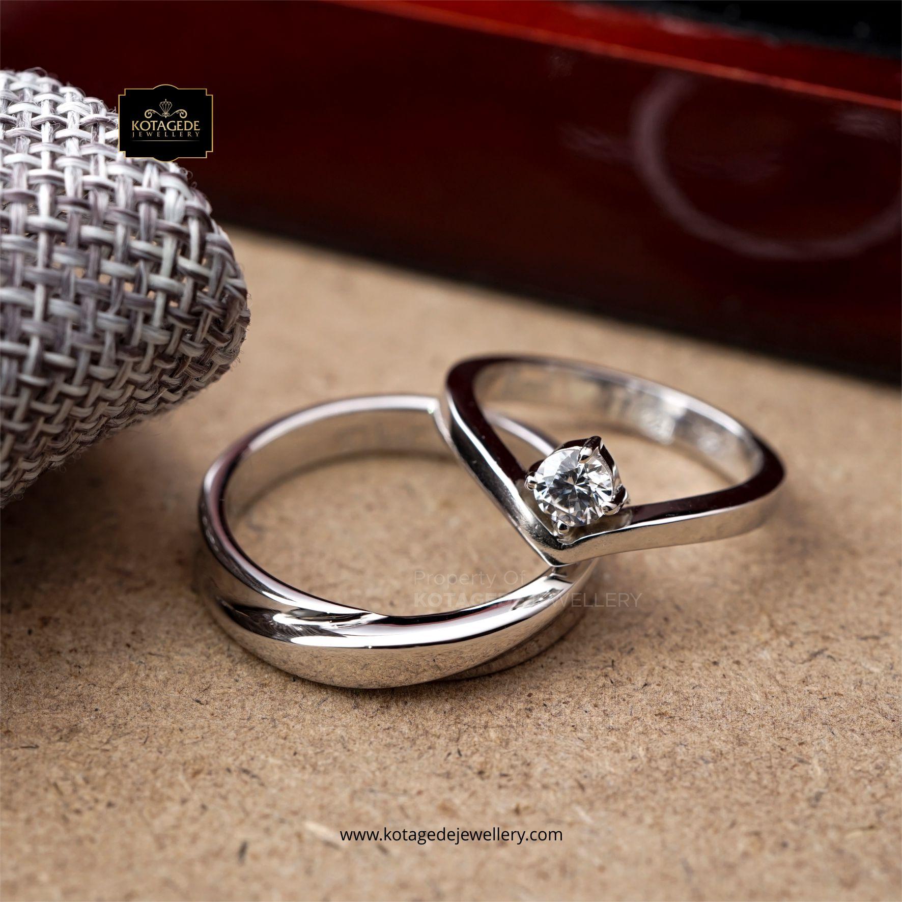Cincin Kawin Tunangan Platinum Emas Putih PT0121WG