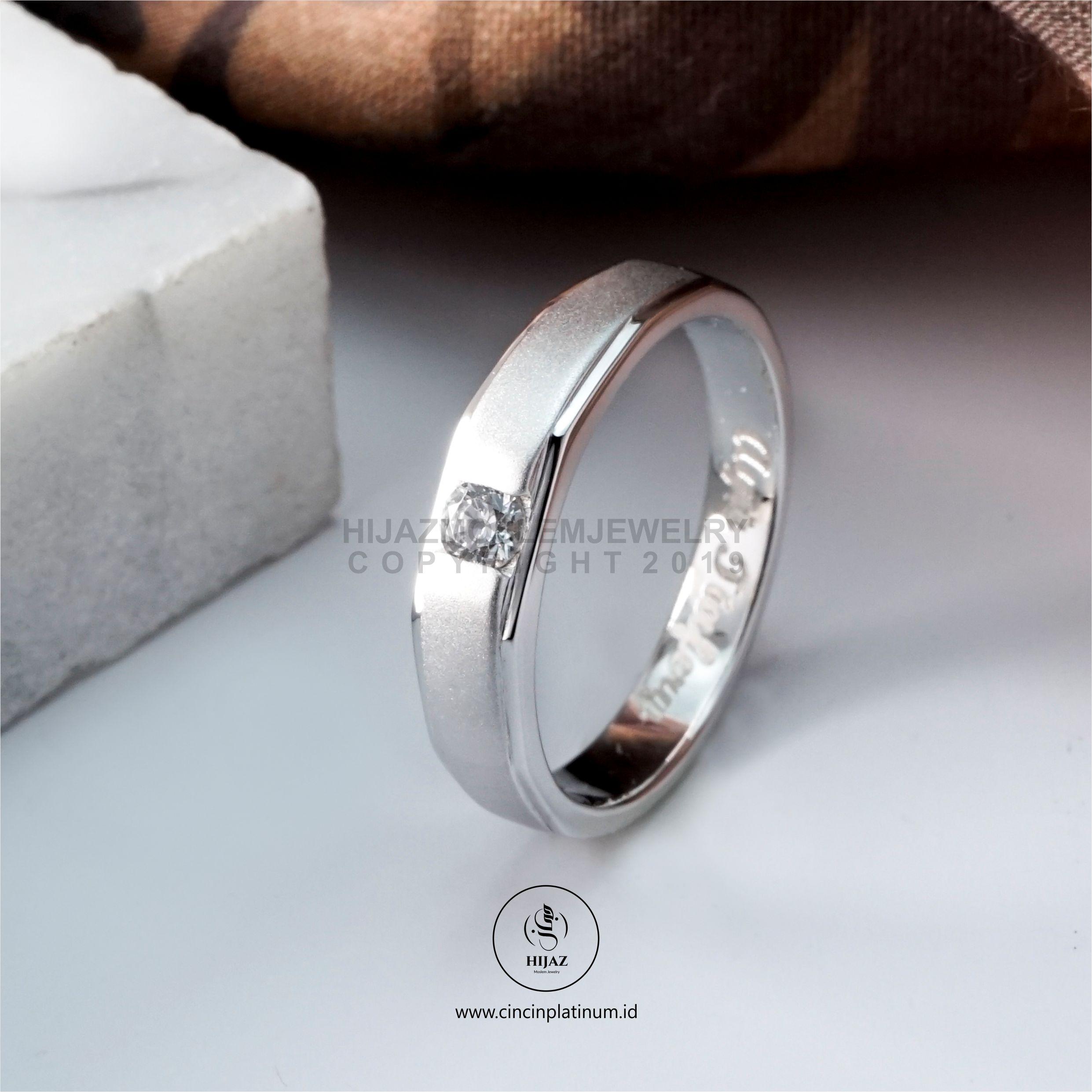 Cincin Kawin Tunangan Emas Putih Simpel WG0148