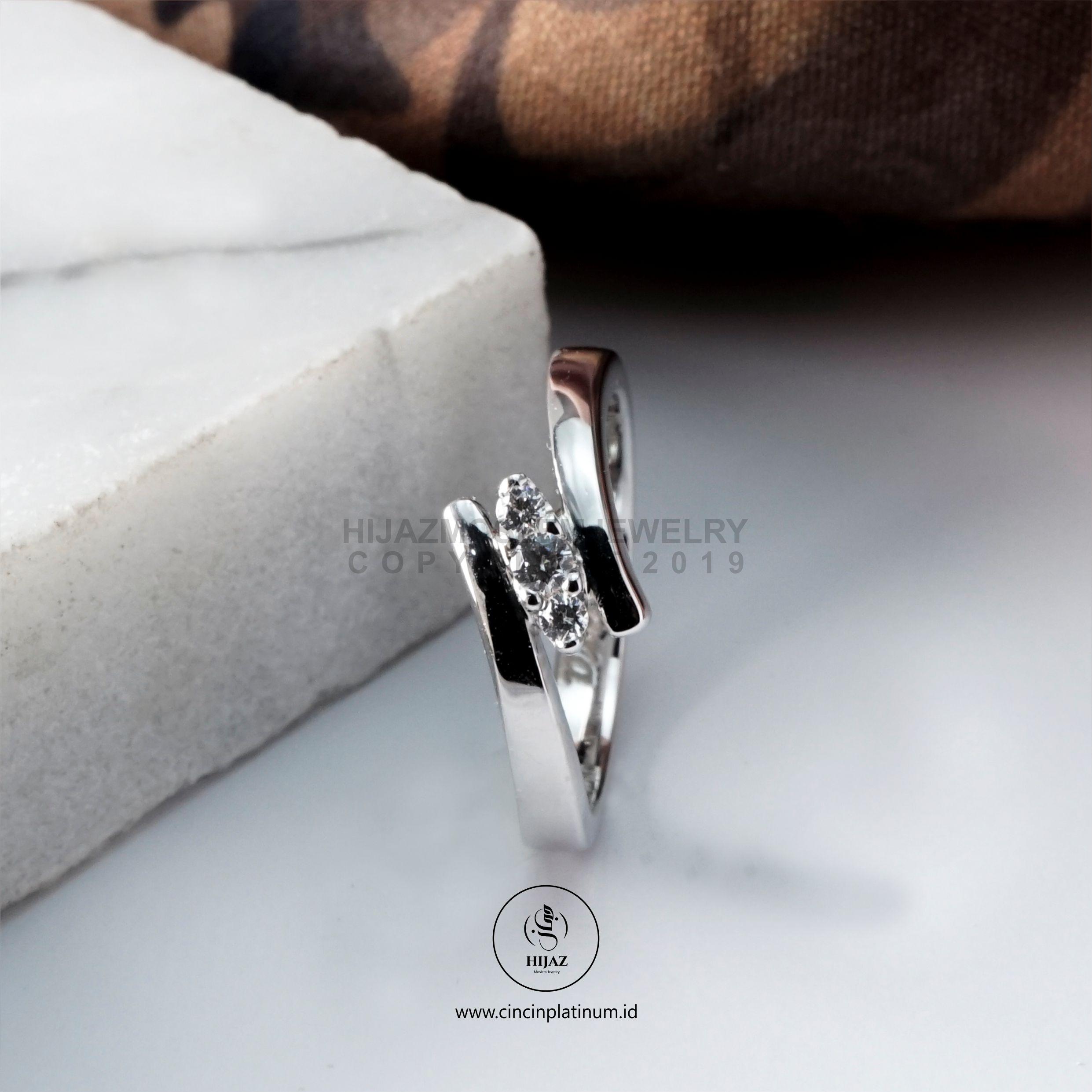 Cincin Kawin Tunangan Emas Putih WG0165